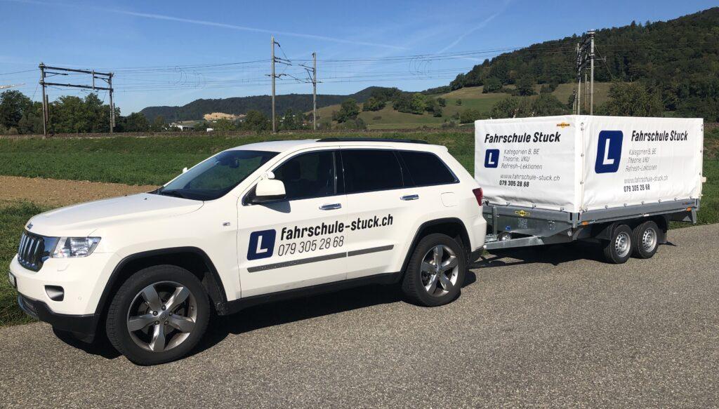 Fahrzeug für Anhänger Prüfung | Fahrschule-Stuck - Schnell zu Autoprüfung